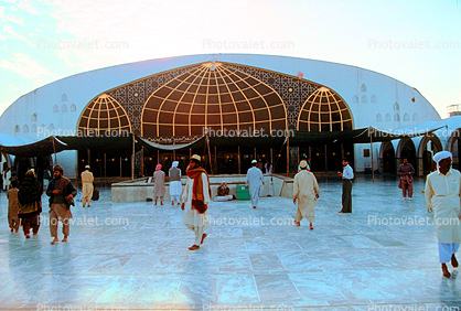 Sufi shrine of Data Darbar mosque, Lahore Pakistan where thousands visit daily