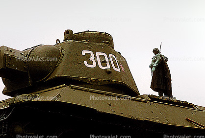 T-34 tank, Berlin, Barbed Wire, Soviet War Memorial, (Tiergarten), statue