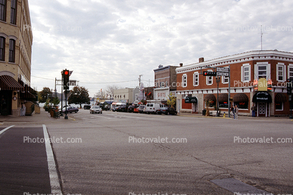 Building, small town, main street, Cars, Automobile, Vehicle, Lake Geneva, Wisconsin