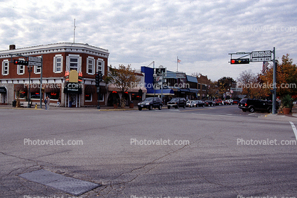 Building, small town, main street, Cars, Automobile, Vehicle, highway, road, Lake Geneva, Wisconsin