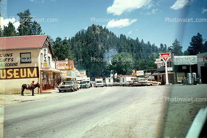 Conoco Gas Station, Shops, Highway, Roadway, Cars, Automobiles, Vehicles, Buildings, Black Hills, Custer, June 1967, 1960s
