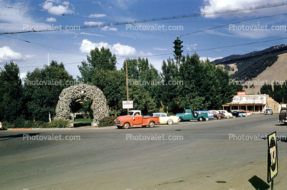 Jackson, town square, antler arch, George Washington Memorial Park, Cars, vehicles, automobiles, 1960's