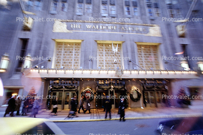 The Waldorf Astoria Hotel, Building, Christmas, wreath, cold