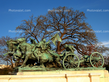 Cavalry charge, side view, Artillery Wagon, Grant Memorial, Statue, Sculpture, Horses, Wagon, Patina, American Civil War