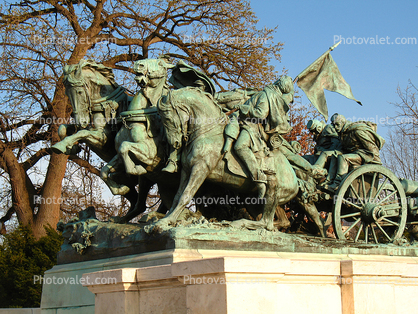 Cavalry charge, side view, Artillery Wagon, Grant Memorial, Statue, Sculpture, Horses, Wagon, Patina, Civil War