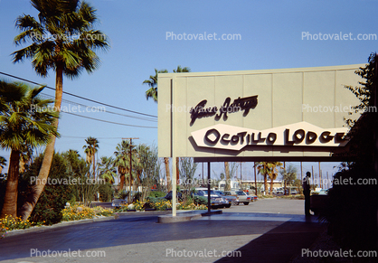 Gene Autry's Ocotillo Lodge, Car, Automobile, Vehicle, Hotel building, Palm Springs, 1964, 1960's