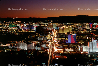 Cityscape, Skyline, buildings, The Strip, Nighttime, Night