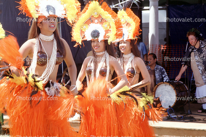 Women, Grass Skirts, coconut bras, drum, Hula, Hawaiian