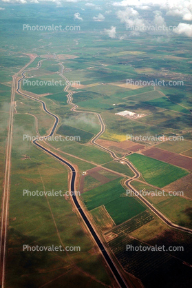 Canal, Aqueduct, Central California, patchwork, checkerboard patterns, farmfields