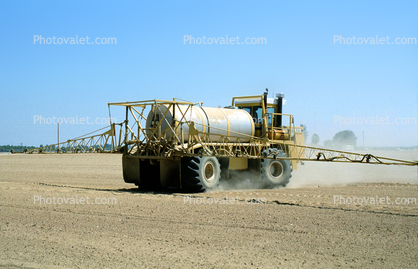 Pesticide Sprayer, Central Valley, California, dirt, soil, Herbicide, Insecticide