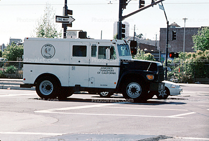 Loomis Fargo Armed Vehicle, armored