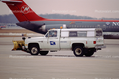 Pickup Truck, Snowplow, US mail truck, 1999, Mail Delivery Vehicle, Commerical-shipping