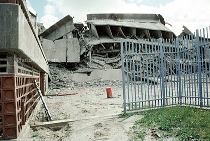 Geneva Towers Demolition, Visitation Valley