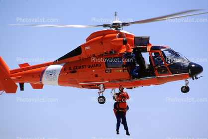 Rescue Demonstration, HH-65 Dolphin, USCG, Hoist, rescue