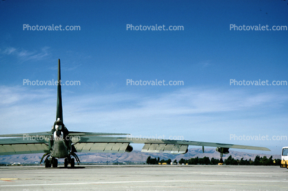 Boeing B-52 Stratofortress, NAS Moffett Field (Federal Airfield), Mountain View, California, United States Air Force, USAF