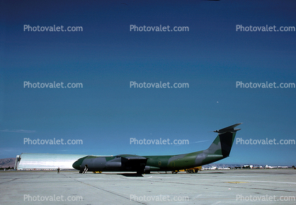 0645, Lockheed C-141 StarLifter, NAS Moffett Field (Federal Airfield), Mountain View, California
