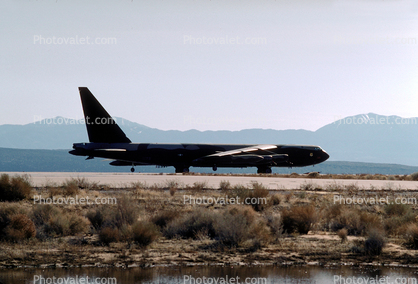 B-52, Edwards Air Force Base