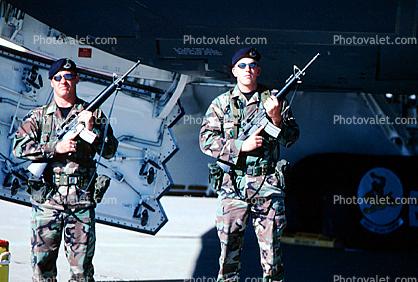 Guards, Rifles, guarding, beret, Men, Whiteman Air Force