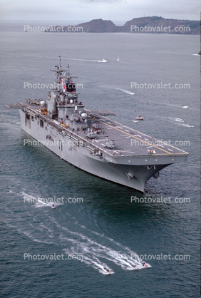 LHD-4 Boxer, Wasp Class Amphibious Assault Ship, Ship, Vessel, United States Navy