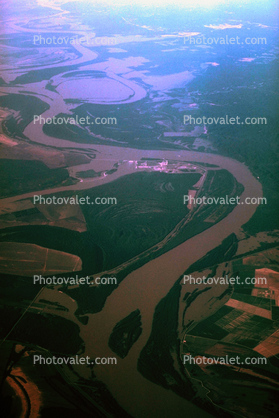Meandering Mississippi River, oxbow lakes, wetlands, Waterway, water