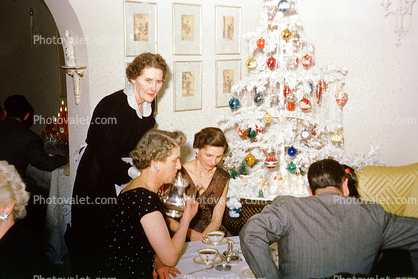 Woman, tree, decorations, party, coffee cups, 1940s