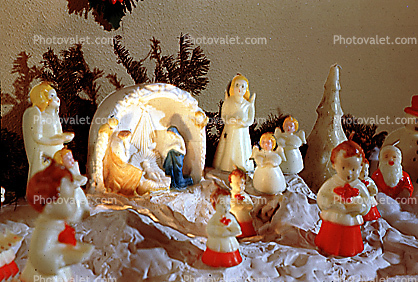 nativity scene, angels, choir boys, singing
