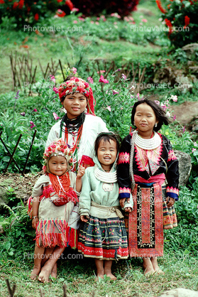 Girls, Mai Hill Tribes, Chiang Mai, northern Thailand