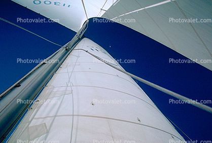 Sails, Looking-Up
