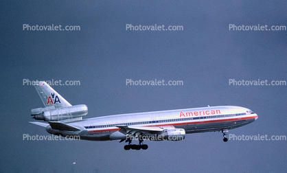 American Airlines AAL, Douglas DC-10