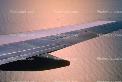 Boeing 747 Lone Wing in Flight