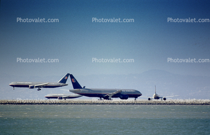 Boeing 767, Boeing 777, San Francisco International Airport (SFO)