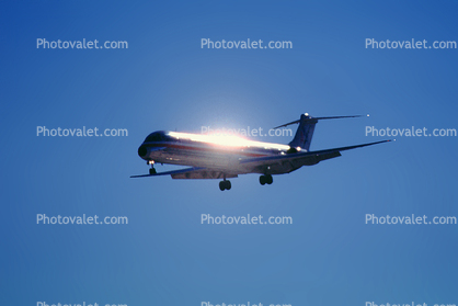 N487AA, American Airlines AAL, McDonnell Douglas MD-82, JT8D