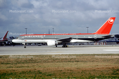N509US, Boeing 757-251, San Francisco International Airport, (SFO), Northwest Airlines NWA, PW2037, PW2000