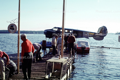 Beech 18, NOTO, Northern Ontario Tourist Outfitters Association, Docks, OCA, Ontario Central Airlines, Nungesser Lake Lodge Ontario, July 1967, 1960's