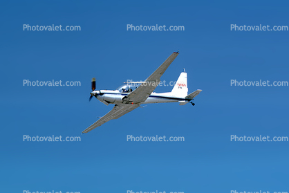 N718NA, 69-18010, Lockheed YO-3 Quiet Star, NASA 718