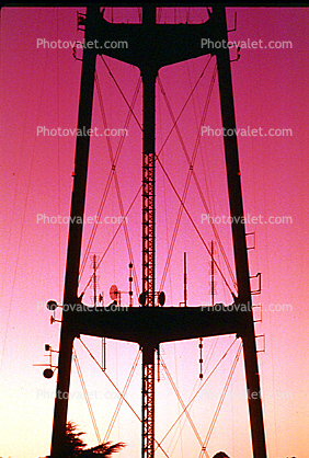 Sutro Tower, Antenna, Structural system Truss tower, telecommunications, telecom