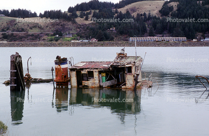 Mary D. Hume, Sunken Boat, Gold Beach, Oregon, Rogue River