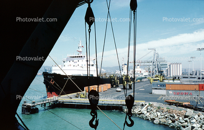 Pully, hook, cranes, dock, harbor, Maunawili, Matson Shipping Lines