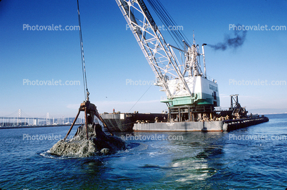 Clamshell Dredge, China Basin