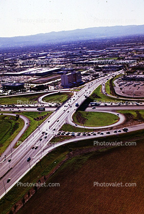 Half Cloverleaf Intersection, Interstate Highway I-405, Irvine, California, US Highway 101, Freeway
