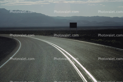 Highway, Roadway, Road, Curve