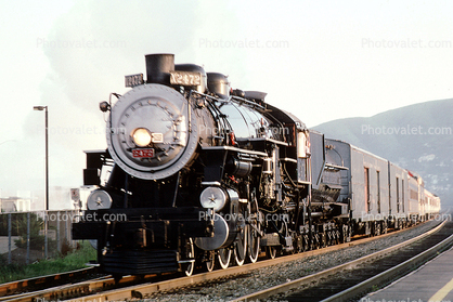 Southern Pacific 2472, Class P-8 4-6-2 Steam Locomotive, Bayshore Caltrain Station, San Francisco, Pacific 231