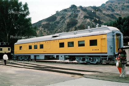 Dining Railcar, Diner, Union Pacific Railcar, October 1975