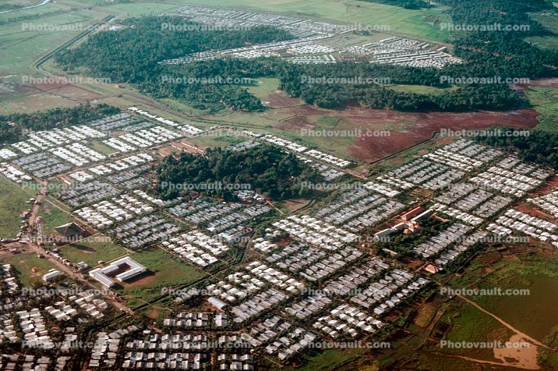 suburban sprawl, homes, houses