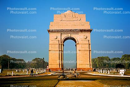 India Gate, this monument has the names of numerous Indian soldiers killed in various wars, New Delhi, 1950s