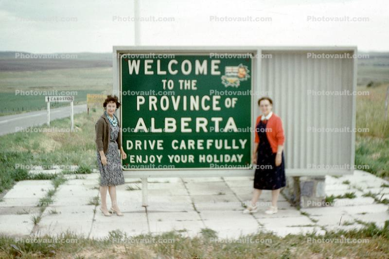 Welcome to the Province of Alberta, sign