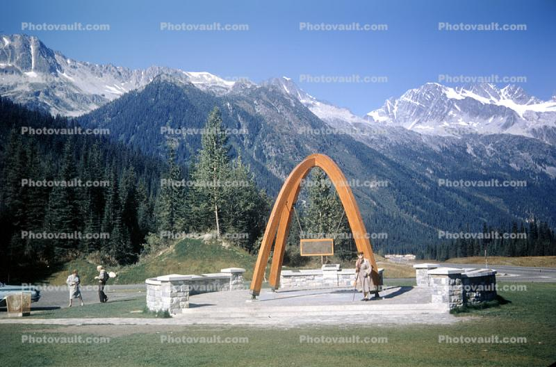 Trans-Canada Highway Monument, Rogers Pass, Monument Arches, tripod, mountains