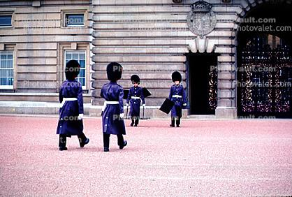 London, Changing of the Guard, Buckingham Palace