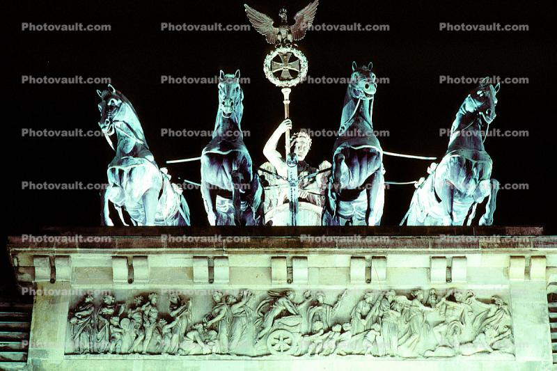 Brandenburg Gate, Berlin, sculpture