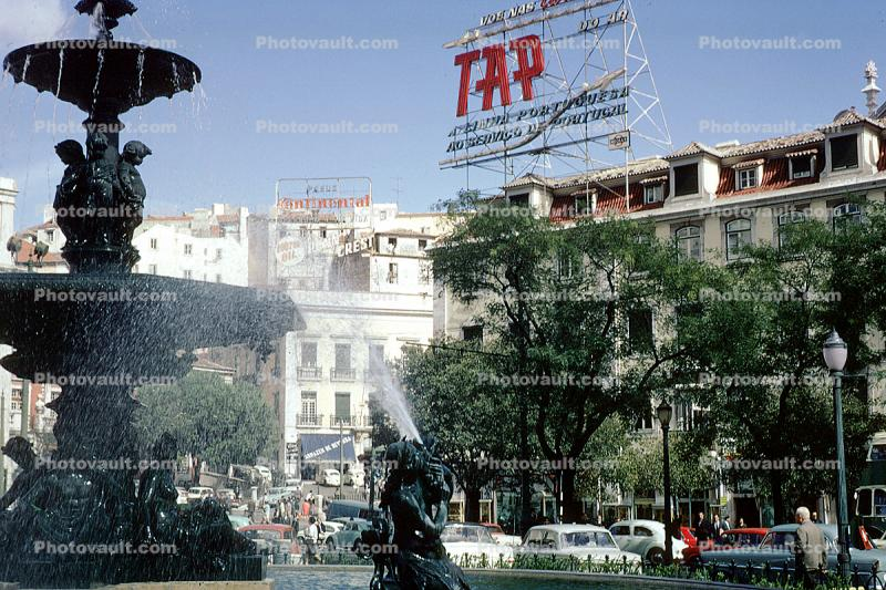 TAP Airlines, Lisbon, Air Portugal, water fountain, 1950's